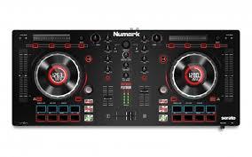 numark-mixtrack-platinum-4-deck-dj-controller