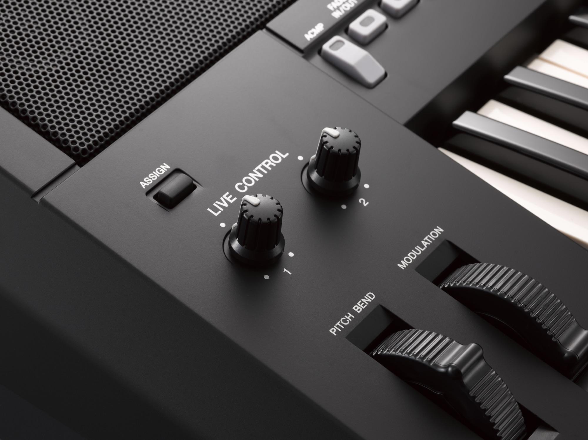 yamaha psr s775 arranger workstation keyboard trax music store. Black Bedroom Furniture Sets. Home Design Ideas